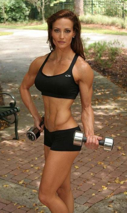 Erin Stern bodybuilding