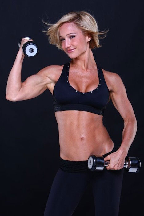 Jamie Eason biceps workout.