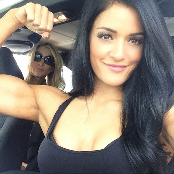 Jessica Arevalo biceps