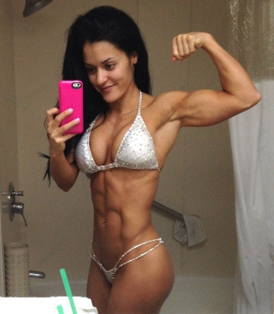Jessica Arevalo's six pack abs