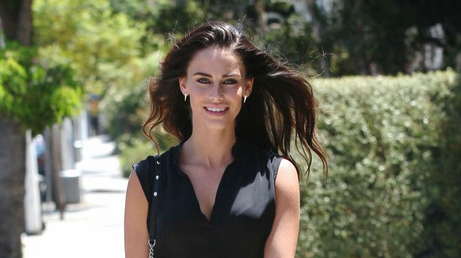 Jessica Lowndes workout