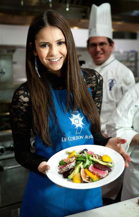 Nina Dobrev diet