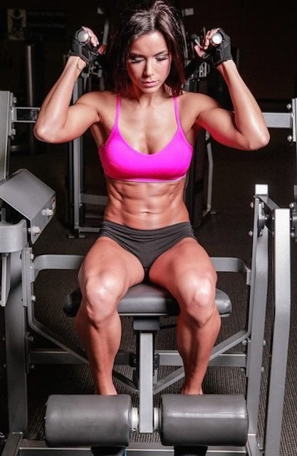 Rachel Nicole abs workout.