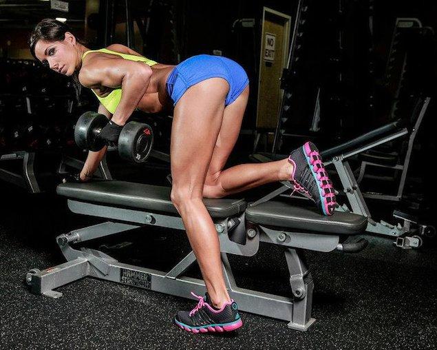 Rachel Nicole triceps workout.