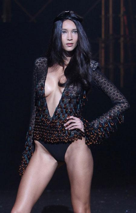 Daniela de Jesus Cosio boobs