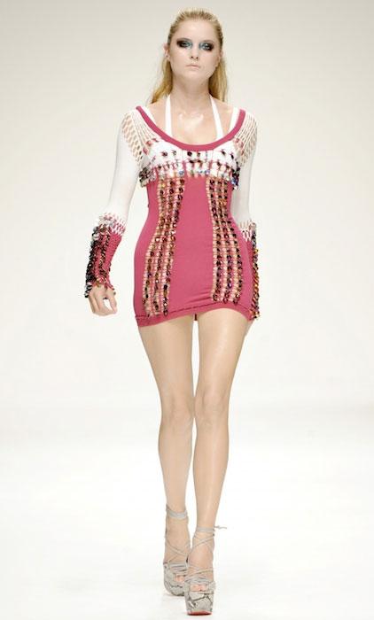 Maud Welzen doing catwalk during a fashion show.