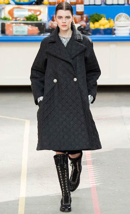 Antonia Wesseloh walking the ramp for Chanel Paris Women Fashion Week Fall / Winter 2014-2015.