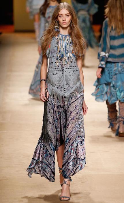 Ondria Hardin walking for Etro at Milano Fashion Week Spring 2015.