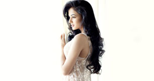 Sonal Chauhan Workout Routine Diet Plan