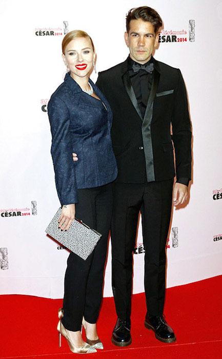 Scarlett Johansson and Romain