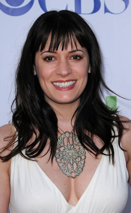 The 49-year old daughter of father Galen Brewster and mother Hathaway Brewster, 173 cm tall Paget Brewster in 2018 photo