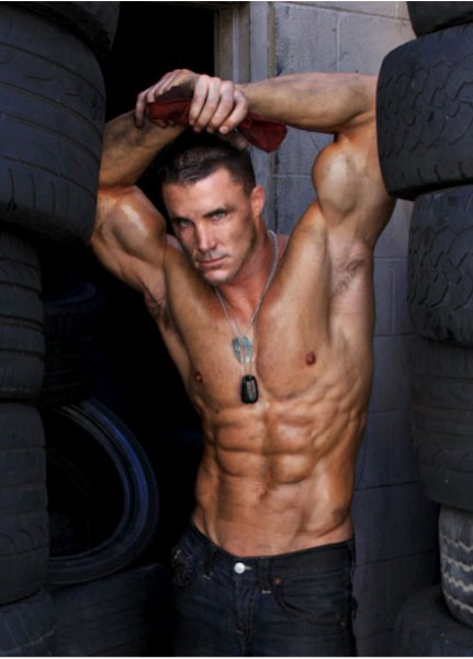Greg Plitt body on display