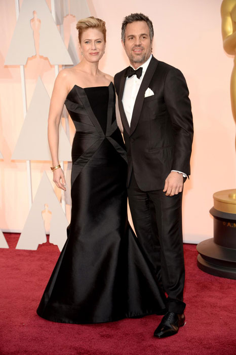top 10 hottest couples at the oscars 2015 healthy celeb. Black Bedroom Furniture Sets. Home Design Ideas