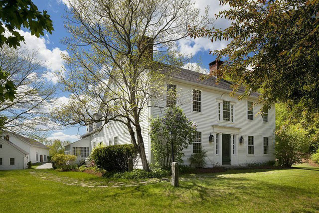 Renee Zellweger's Farmhouse