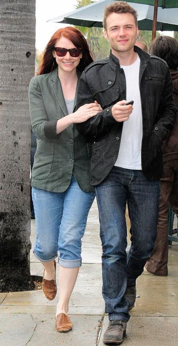 Bryce Dallas Howard and Seth Gabel