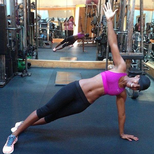 Kelly Rowland doing Exercise