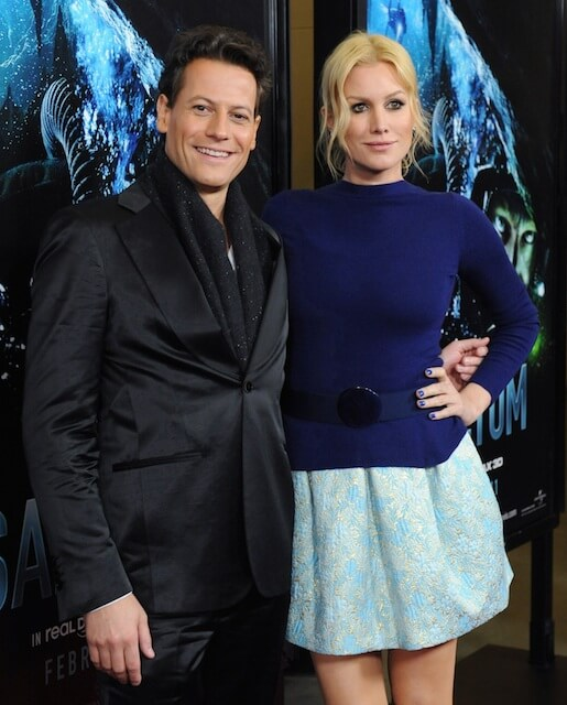 "Ioan Gruffudd with wife Alice Evans arrive for the premiere of ""Sanctum"" in Los Angeles"