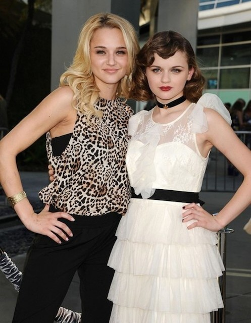 Joey King and her sister attends 'The Conjuring' Premiere at ArcLight Cinemas in Los Angeles in July 2013
