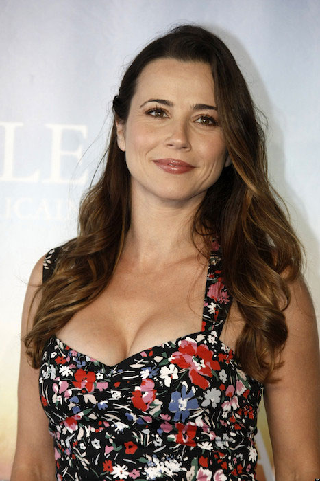 Linda Cardellini has appeared in Mad Men from 2013 to 2015