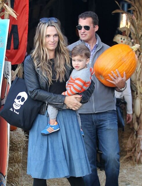 Molly Sims with son Brooks