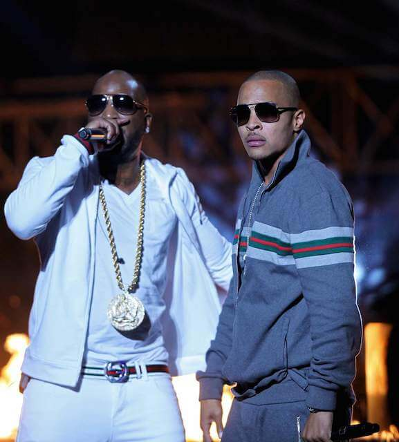 Young Jeezy performing with rapper T.I.