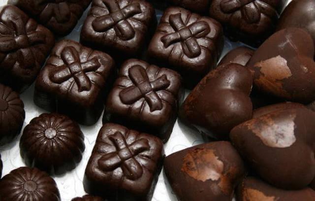Eating Chocolate lifts mood