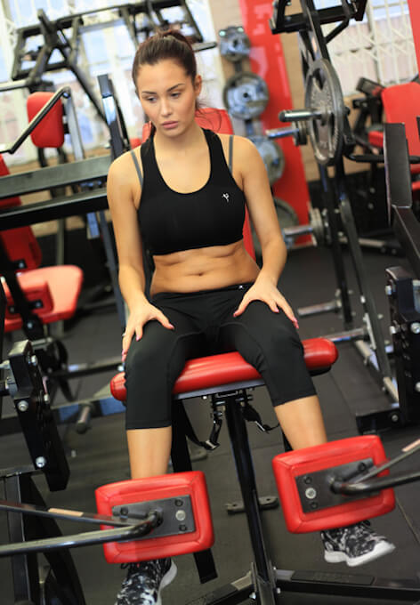 Chloe Goodman thigh workout