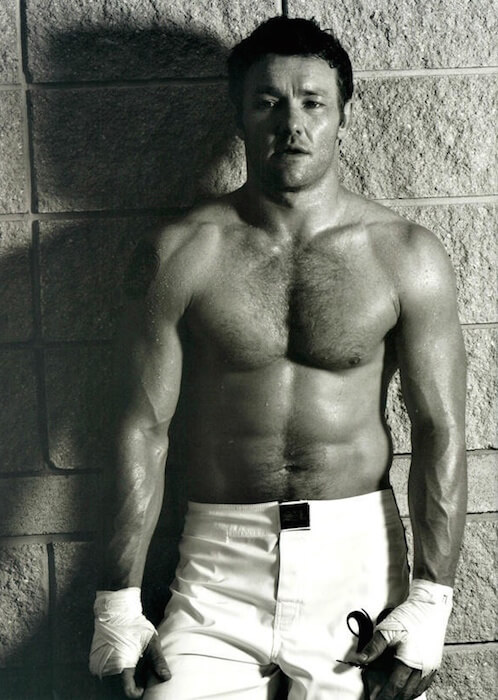 Joel Edgerton gym body