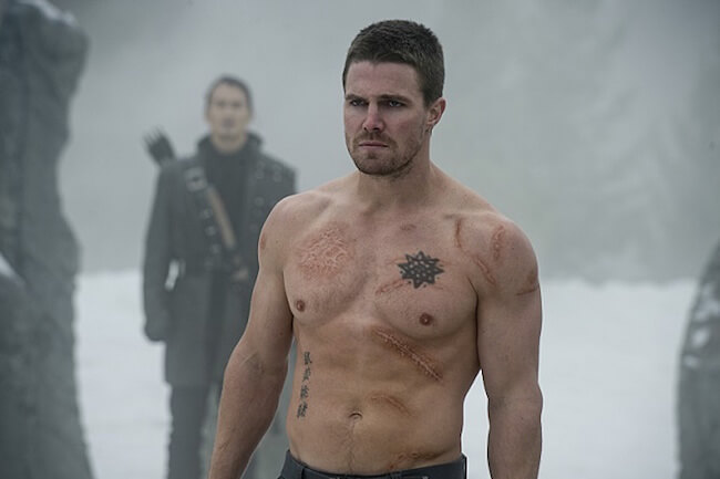 Stephen Amell combat