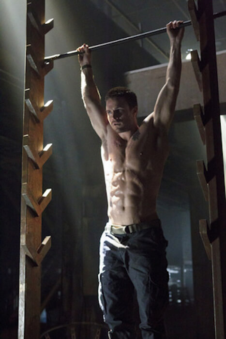 Stephen Amell on Salmon ladder