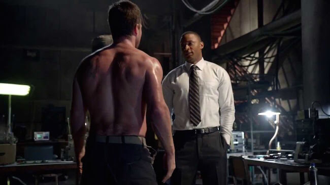 Stephen Amell sculpted back
