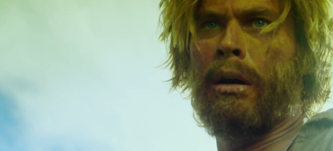 "Chris Hemsworth in ""In The Heart Of The Sea"" trailer"