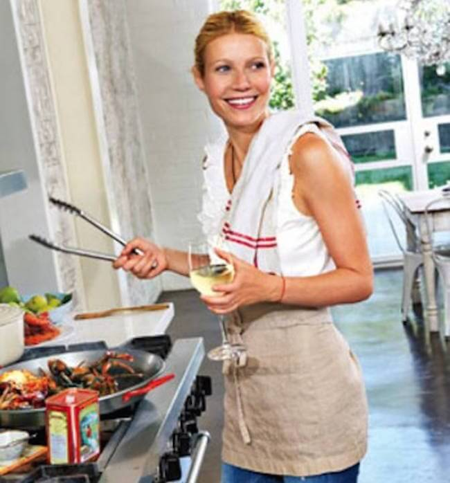 Gwyneth Paltrow cooking her food