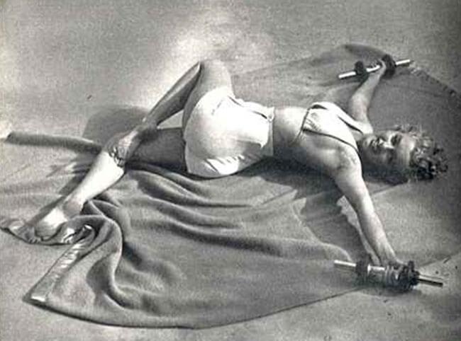 Marilyn Monroe doing Jathara Parivartanasana Supine Twist