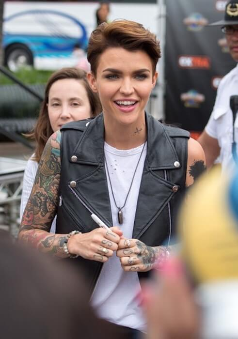 Ruby Rose makes an appearance at 'Extra'