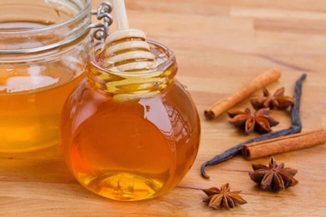 Slow down digestion with honey lemon juice and cinnamon