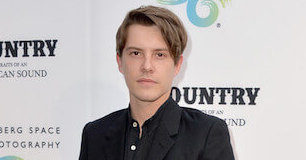 Xavier Samuel - Featured Image
