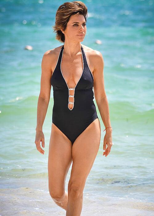 Lisa Rinna showing her bikini figure