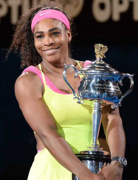 Serena Williams with her Australian Open 2015 trophy