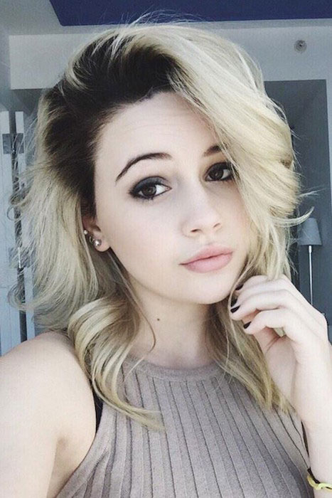 Bea Miller selfie showing her blonde hair