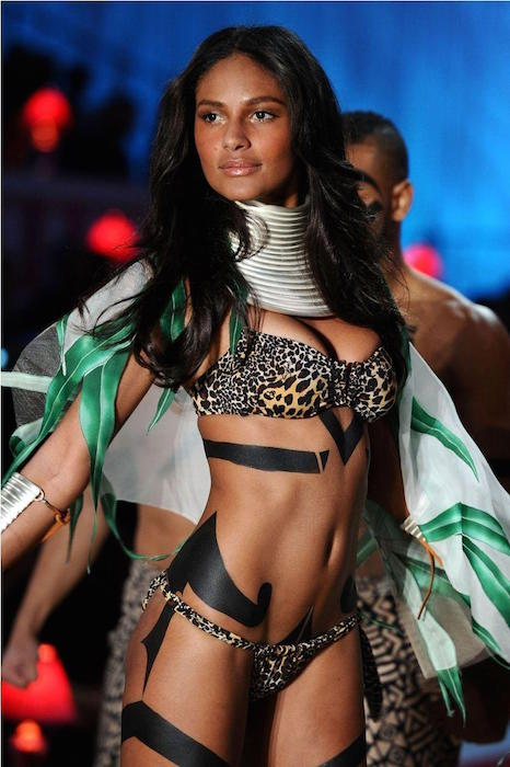 Emanuela de Paula at the Victoria's Secret Fashion Show in New York City
