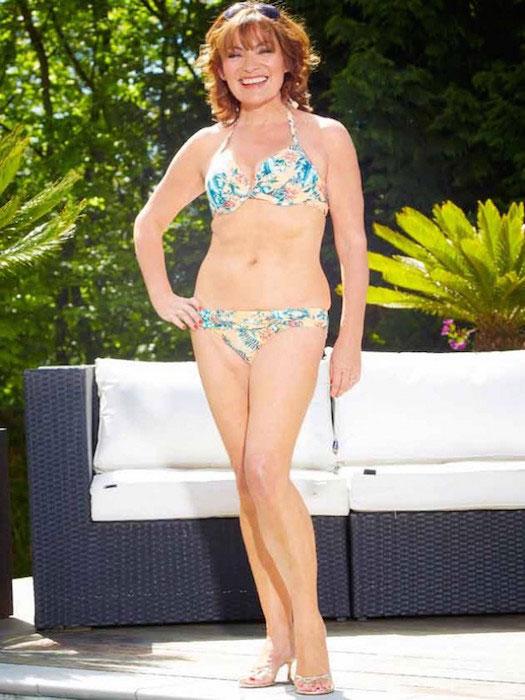 Lorraine Kelly in bikini