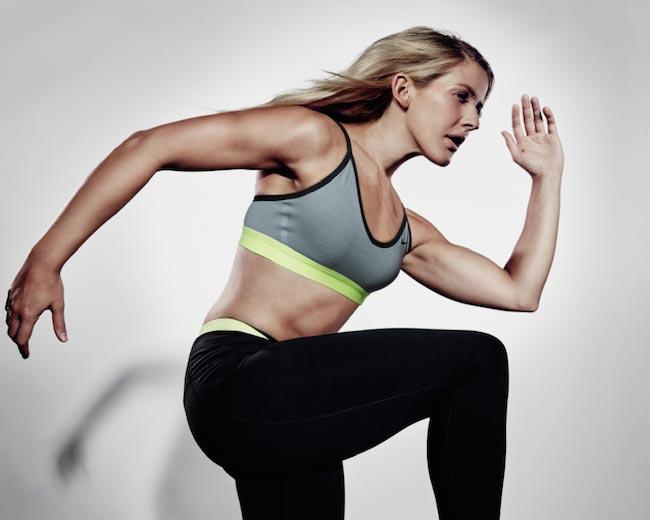 Ellie Goulding running pose