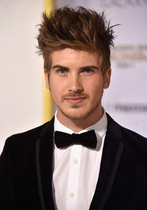 Joey Graceffa at the premiere of Lionsgate's The Hunger Games Mockingjay Part 1 in November 2014