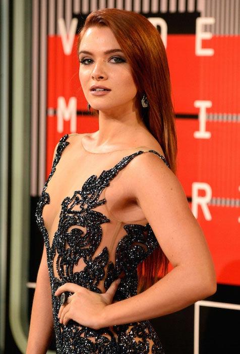 Katie Stevens at MTV Video Music Awards 2015