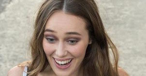 Alycia Debnam-Carey - Featured Image
