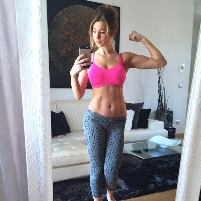 Anna Victoria hot