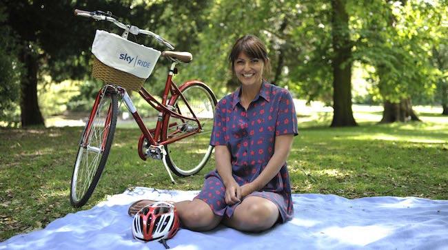Davina McCall on a picnic