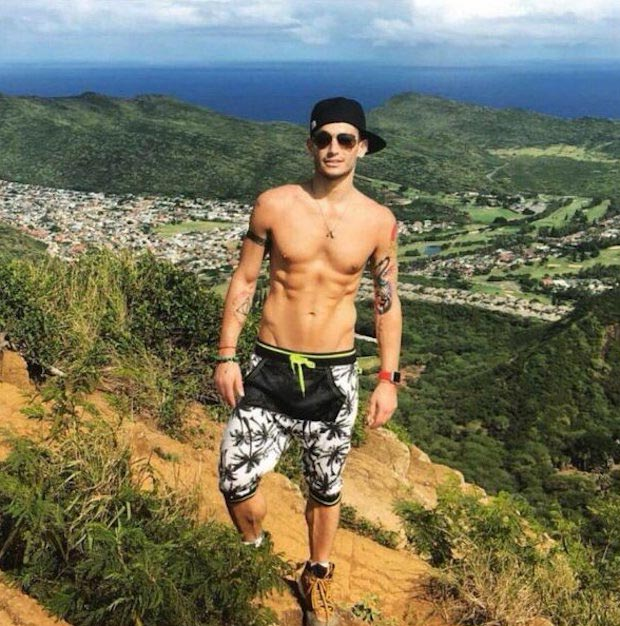 Frankie J. Grande shirtless body