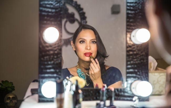 Isabel Roces Trebol doing makeup